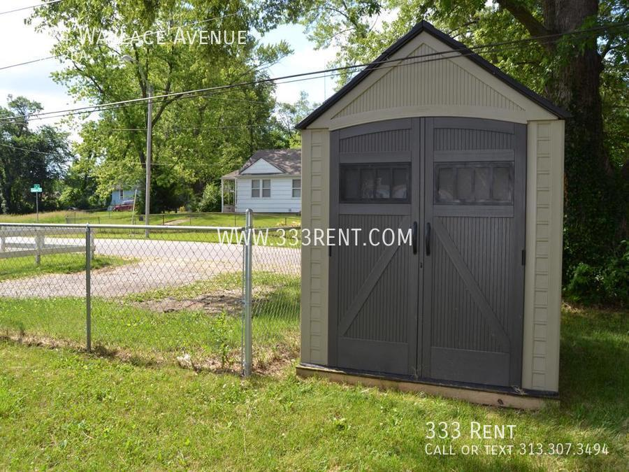 8outdoor shed