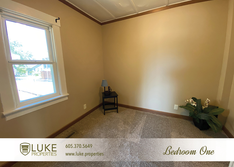 Luke properties 102 s lake sioux falls sd 57104 house for rent5