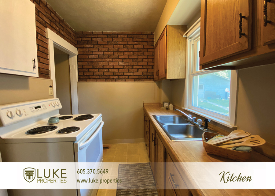 Luke properties 102 s lake sioux falls sd 57104 house for rent7
