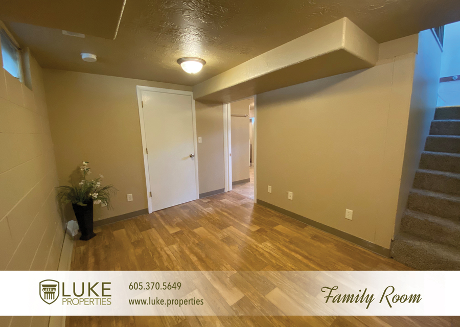 Luke properties 102 s lake sioux falls sd 57104 house for rent12