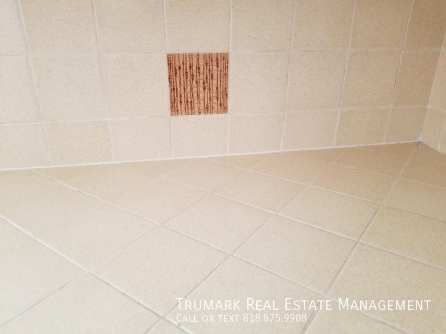 17 original tile detail kitchen