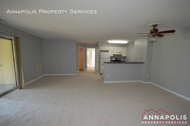 10c hearthstone ct id104 living and kitchen ann