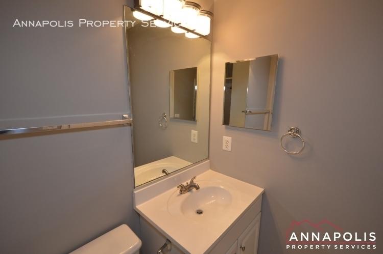 546 francis nicholson way id983 upper bath vanity an