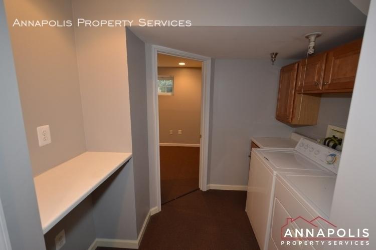 546 francis nicholson way id983 utility room an