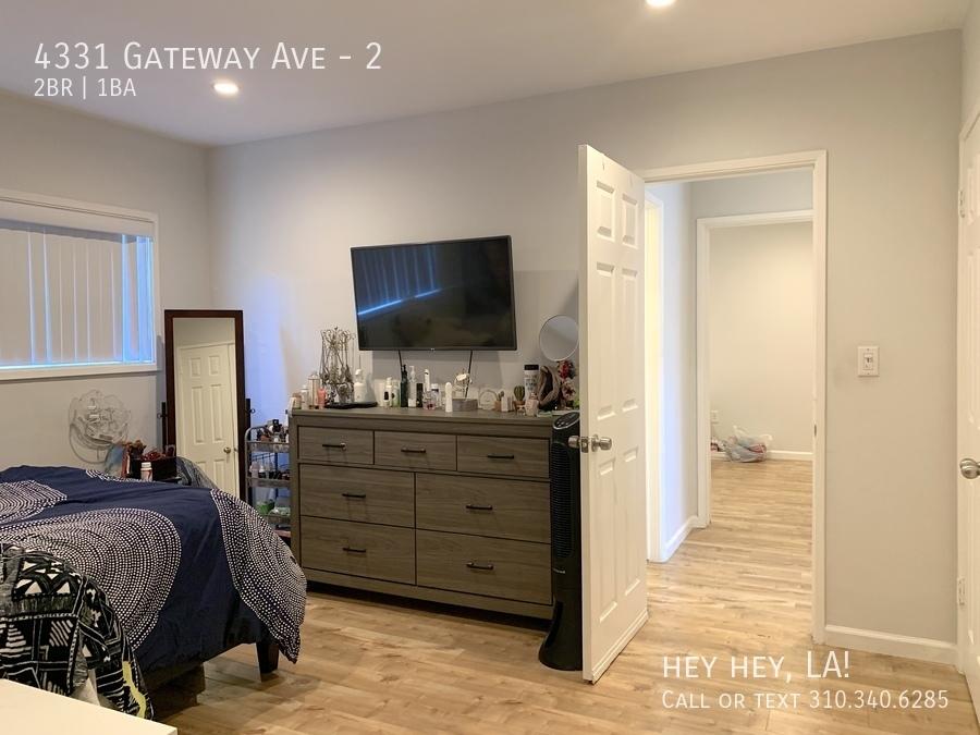 Gateway ave 4331 2 015