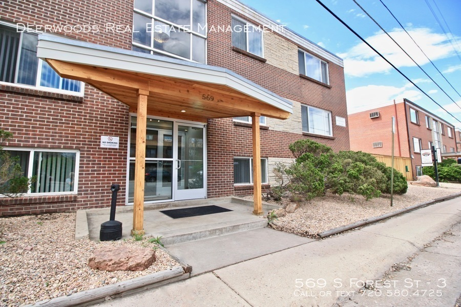 561 569 s forest st.   exterior 2019 04 25 at 9.23.46 am 31