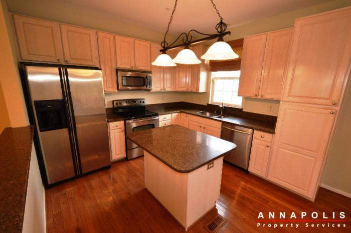 3751-glebe-meadow-way-id711-kitchen-b