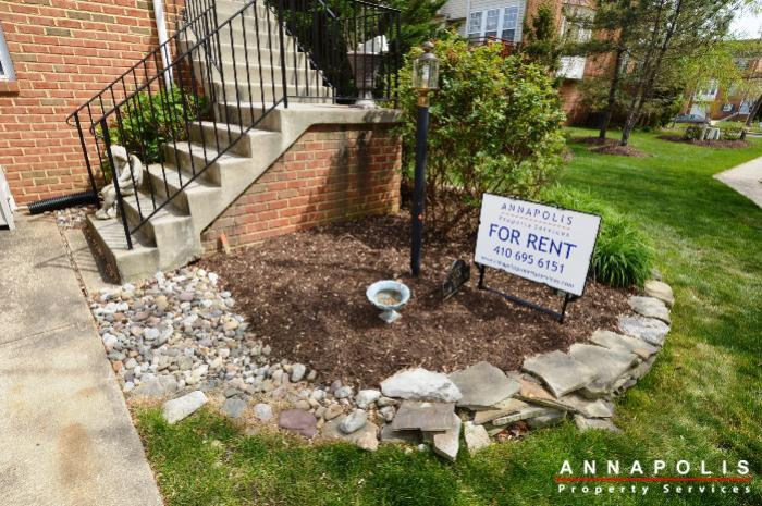3751-glebe-meadow-way-id711-front-yard