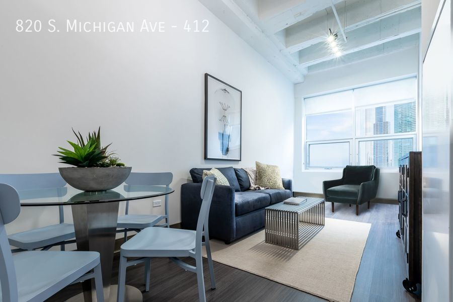 820 South Michigan Ave., Chicago, IL - 2,299 USD/ month