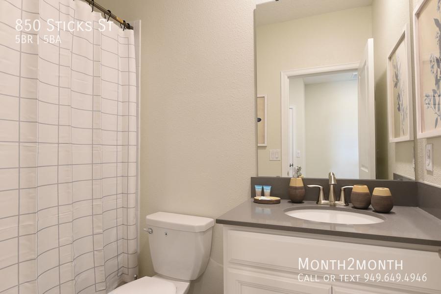 Bathroom 4 2000
