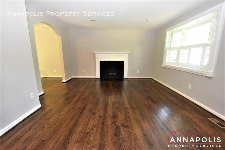 442 poplar lane id1177 living room 1d