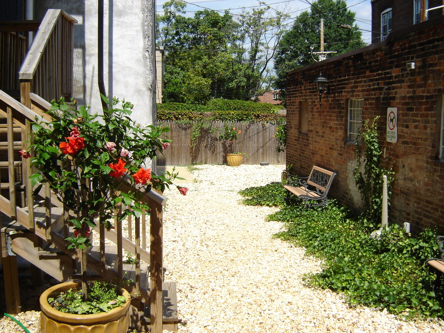 1401_courtyard_1