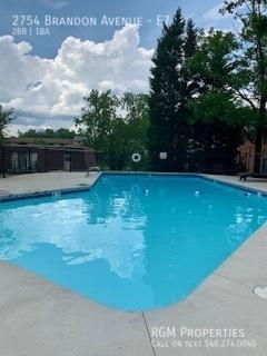 Brandon new pool