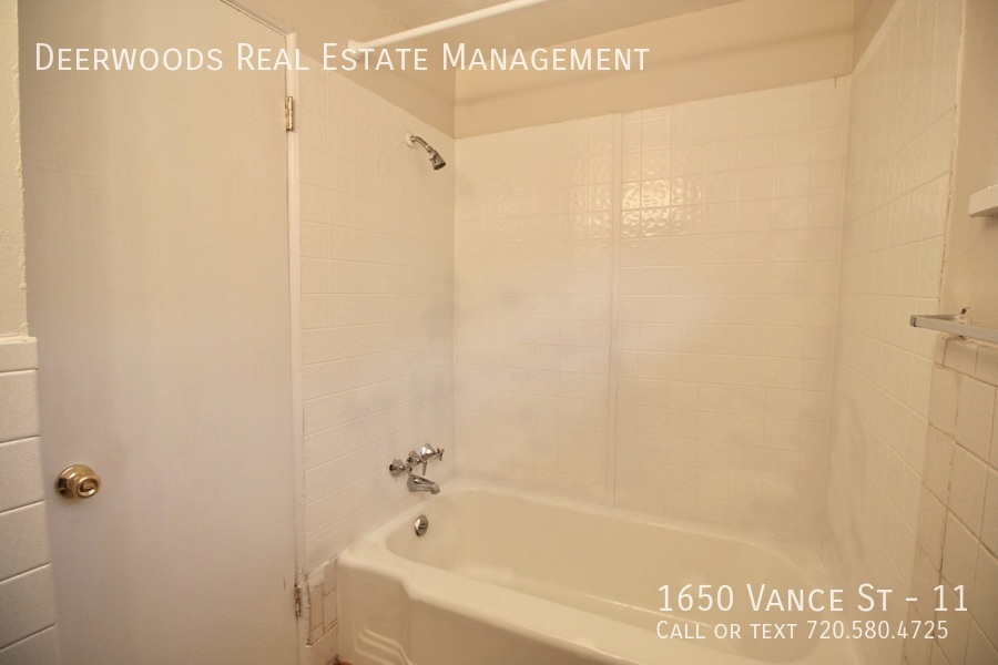 1650 vance st   11   10 16 192019 10 21 at 11.35.38 am %281%29