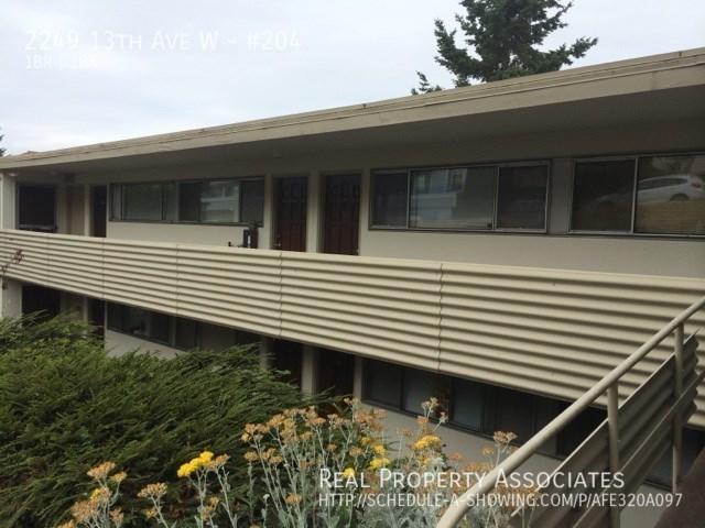 2249 13th Ave W, #204, Seattle WA 98119 - Photo 2