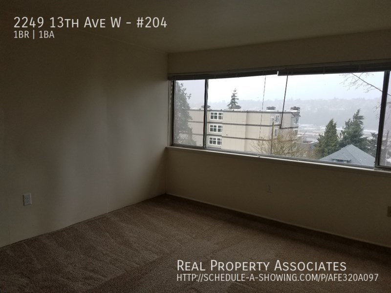 2249 13th Ave W, #204, Seattle WA 98119 - Photo 6