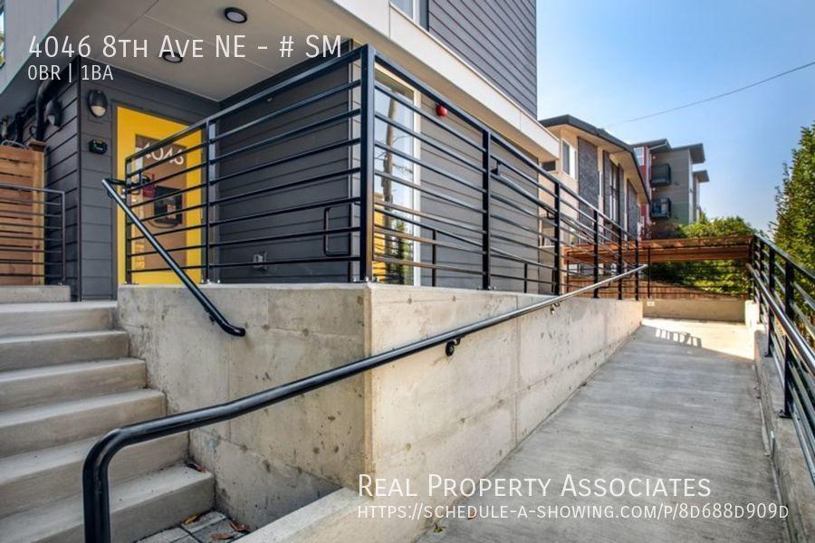 4046 8th Ave NE, SM, Seattle WA 98105 - Photo 1
