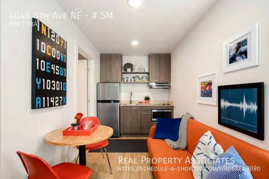 4046 8th Ave NE, SM, Seattle WA 98105 - Photo 2