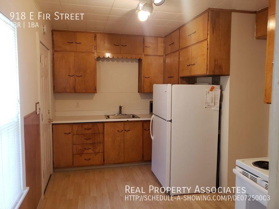 918 E Fir Street, Seattle WA 98122 - Photo 11
