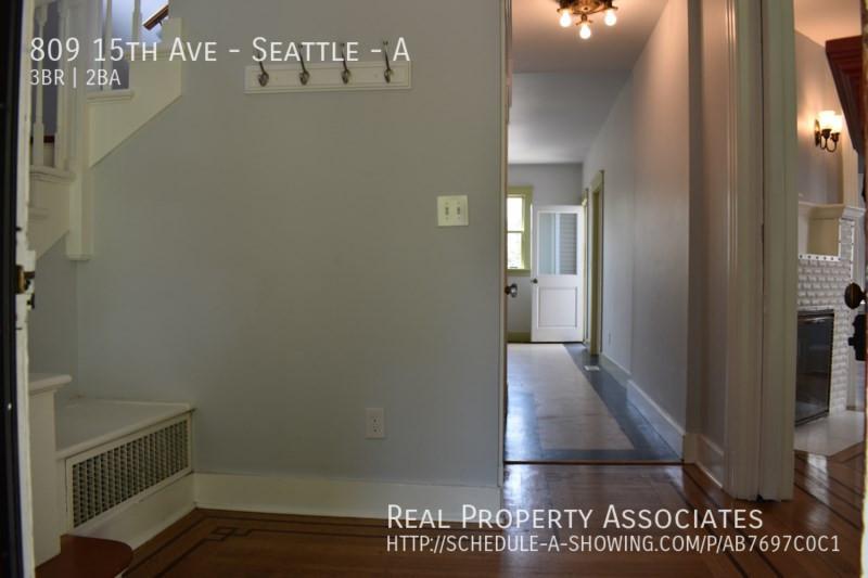 809 15th Ave, Seattle - A, Seattle WA 98122 - Photo 3