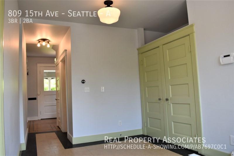 809 15th Ave, Seattle - A, Seattle WA 98122 - Photo 10