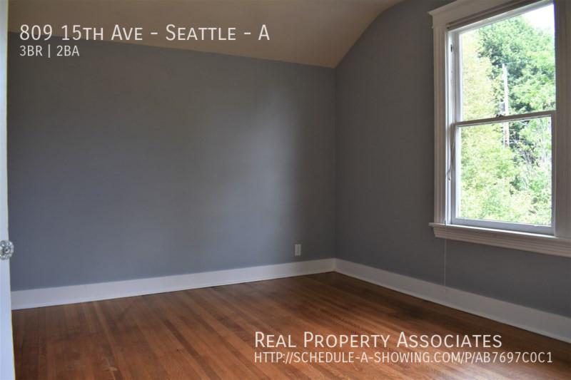 809 15th Ave, Seattle - A, Seattle WA 98122 - Photo 15