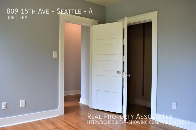 809 15th Ave, Seattle - A, Seattle WA 98122 - Photo 16