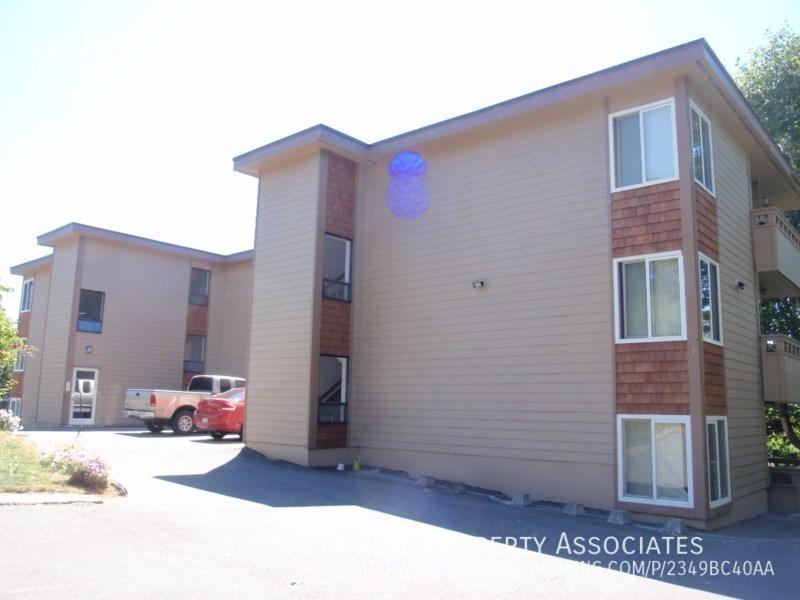 510 NE 98th St, #103, Seattle WA 98115 - Photo 2
