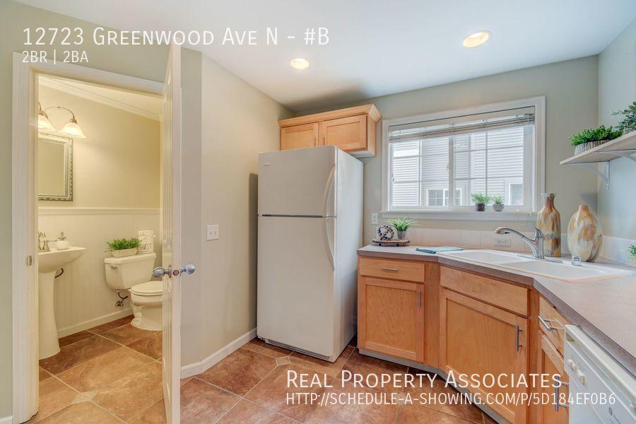 12723 Greenwood Ave N, #B, Seattle WA 98133 - Photo 9