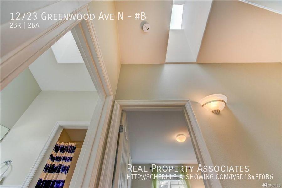 12723 Greenwood Ave N, #B, Seattle WA 98133 - Photo 15