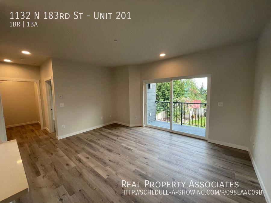 1132 N 183rd St, Unit 201, Shoreline WA 98133 - Photo 2
