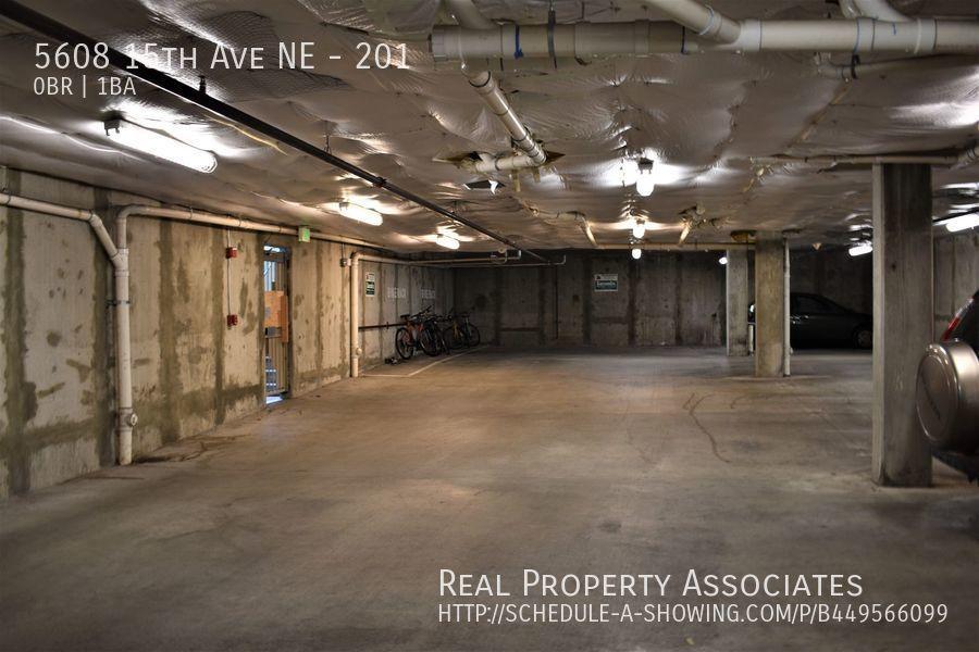 5608 15th Ave NE, 201, Seattle WA 98105 - Photo 7