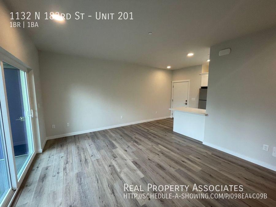1132 N 183rd St, Unit 201, Shoreline WA 98133 - Photo 6