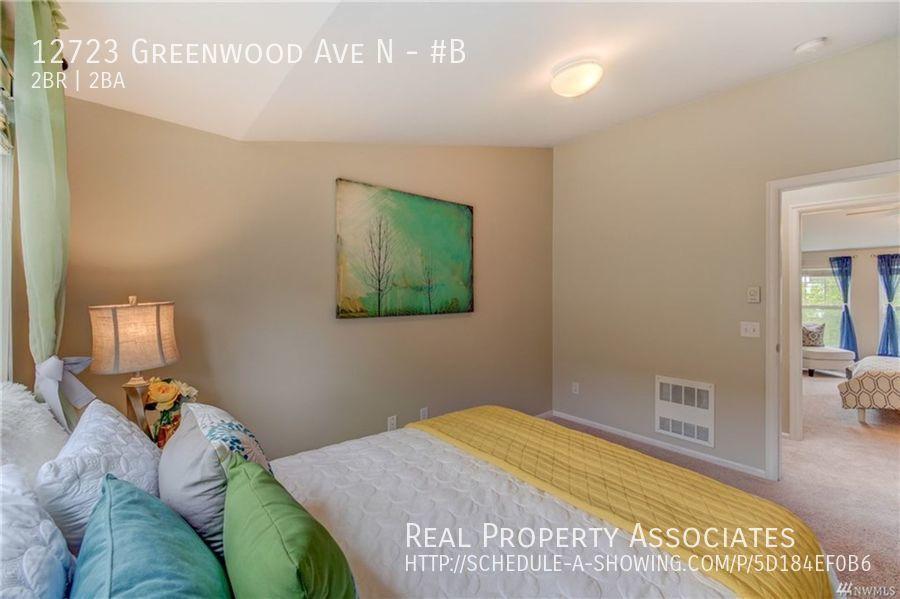 12723 Greenwood Ave N, #B, Seattle WA 98133 - Photo 21