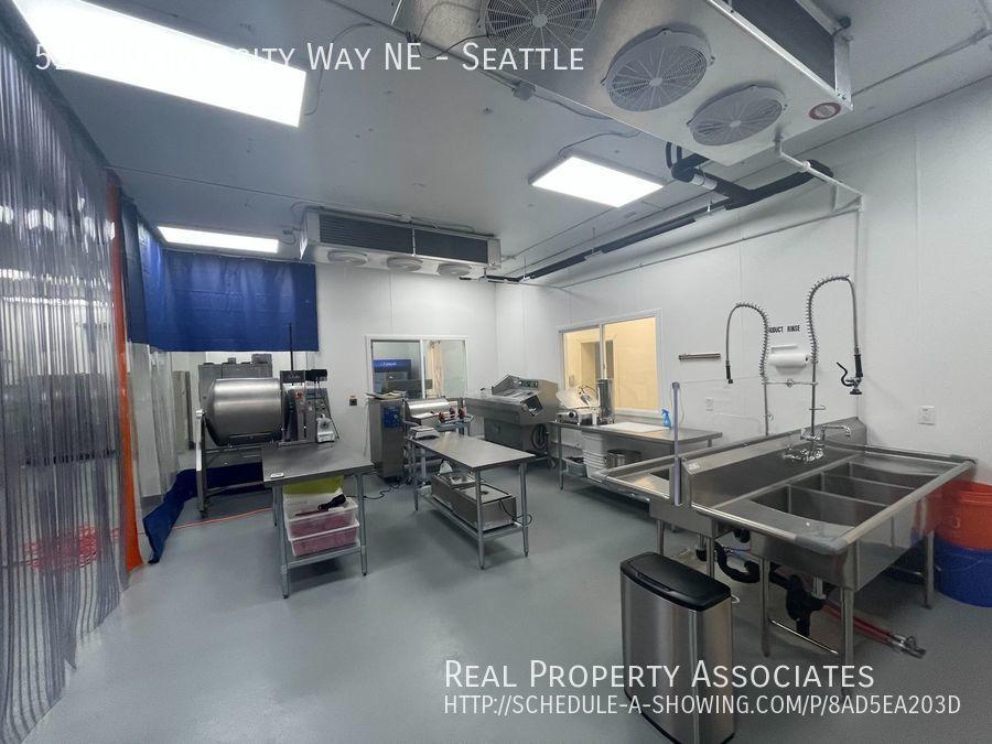 5202 University Way NE, Seattle, Seattle WA 98105-3519 - Photo 10