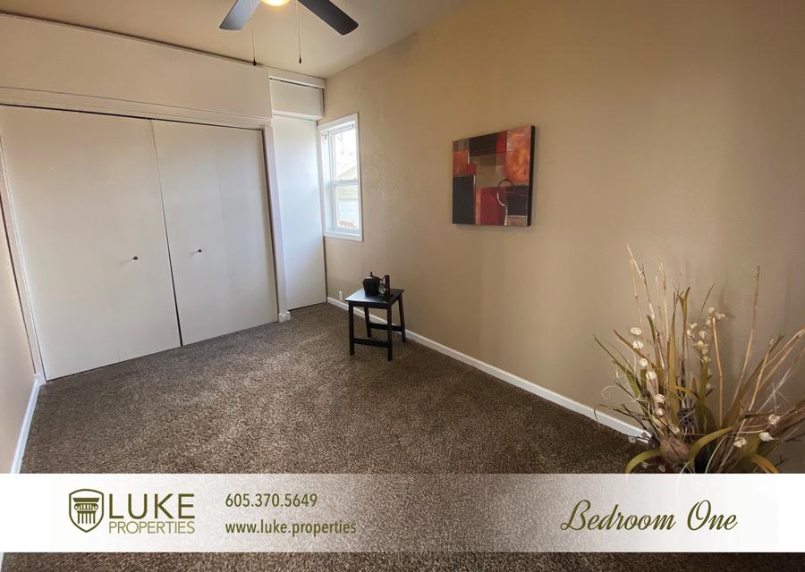 Luke properties 215 w mcclellan st sioux falls home for rent 6