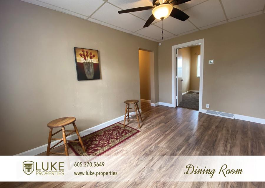 Luke properties 215 w mcclellan st sioux falls home for rent 9