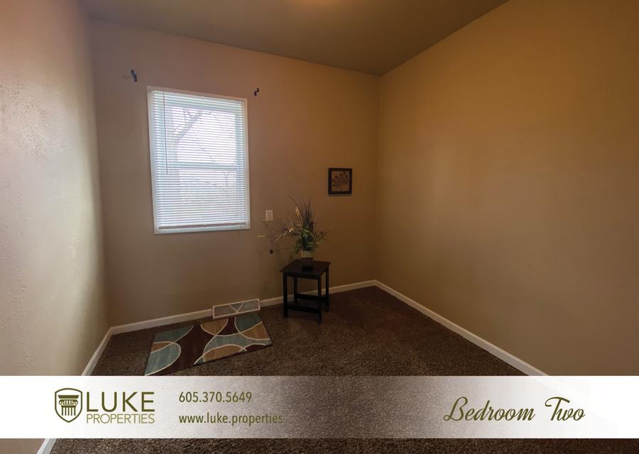 Luke properties 215 w mcclellan st sioux falls home for rent 10