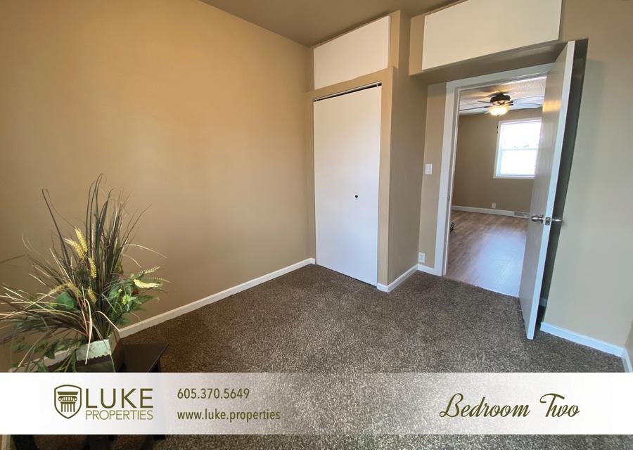 Luke properties 215 w mcclellan st sioux falls home for rent 11