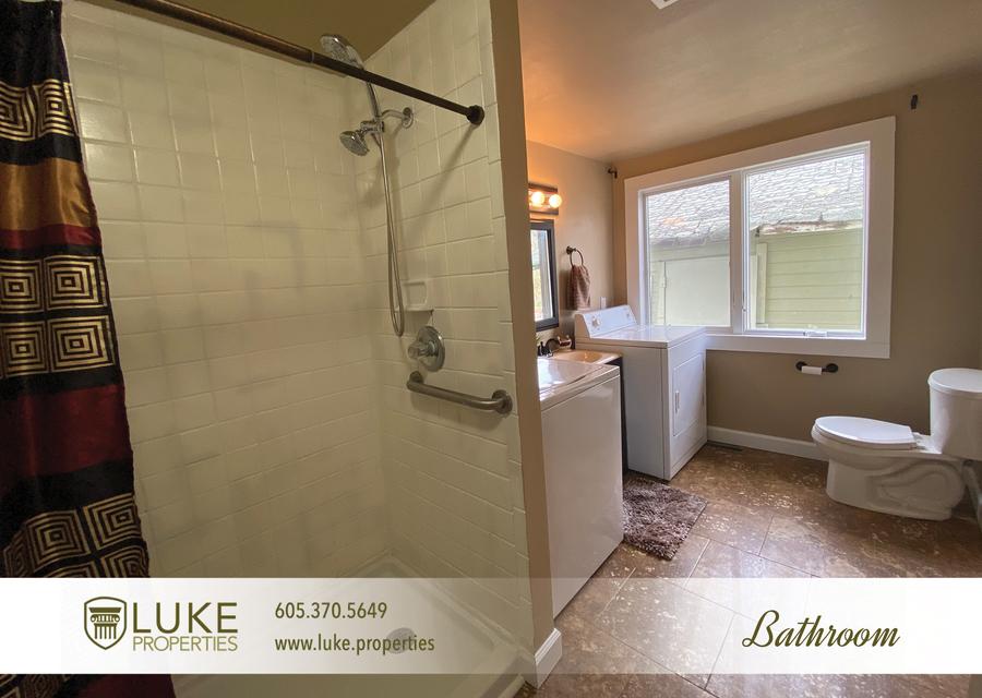 Luke properties 215 w mcclellan st sioux falls home for rent 14