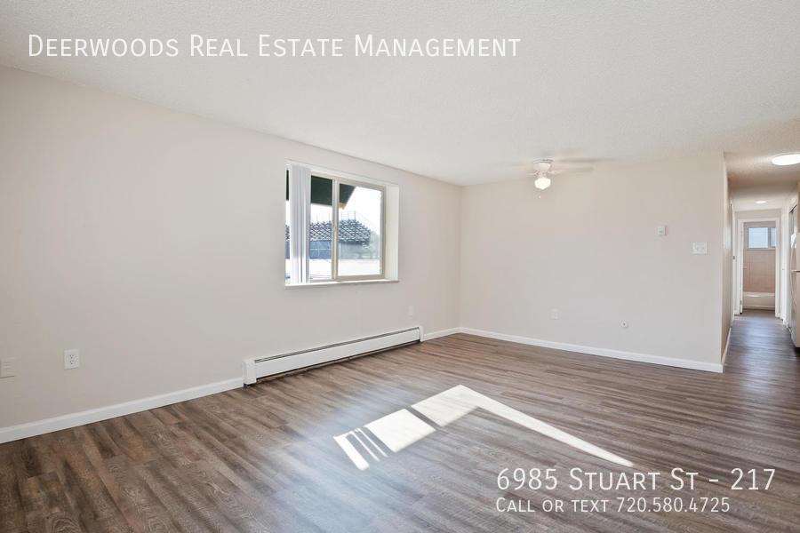 6985 stuart street unit 100 09082018 %285%29
