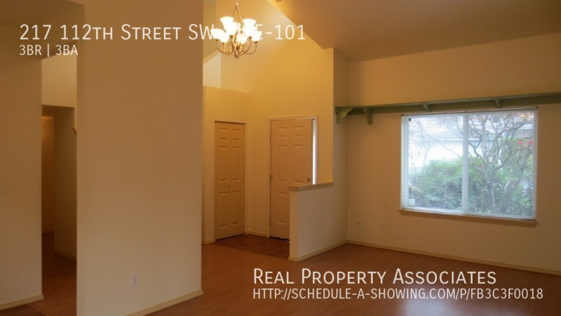 217 112th Street SW, # E-101, Everett WA 98204 - Photo 6