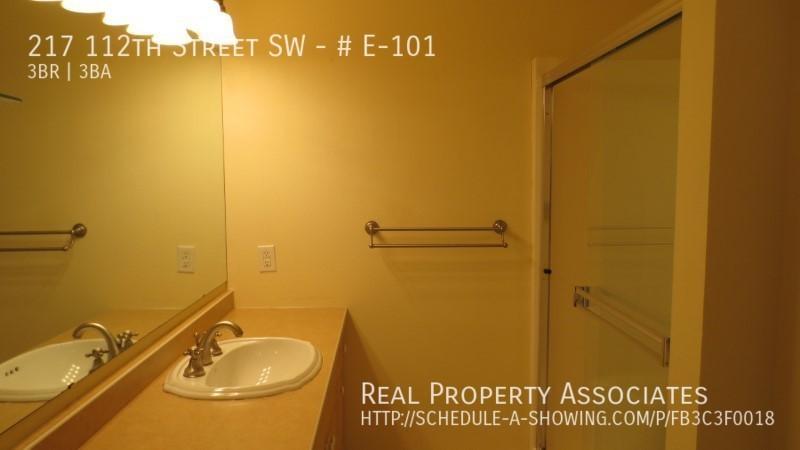 217 112th Street SW, # E-101, Everett WA 98204 - Photo 11