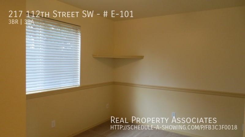 217 112th Street SW, # E-101, Everett WA 98204 - Photo 14