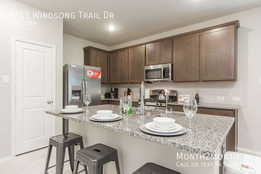 8711 windsong trail 09