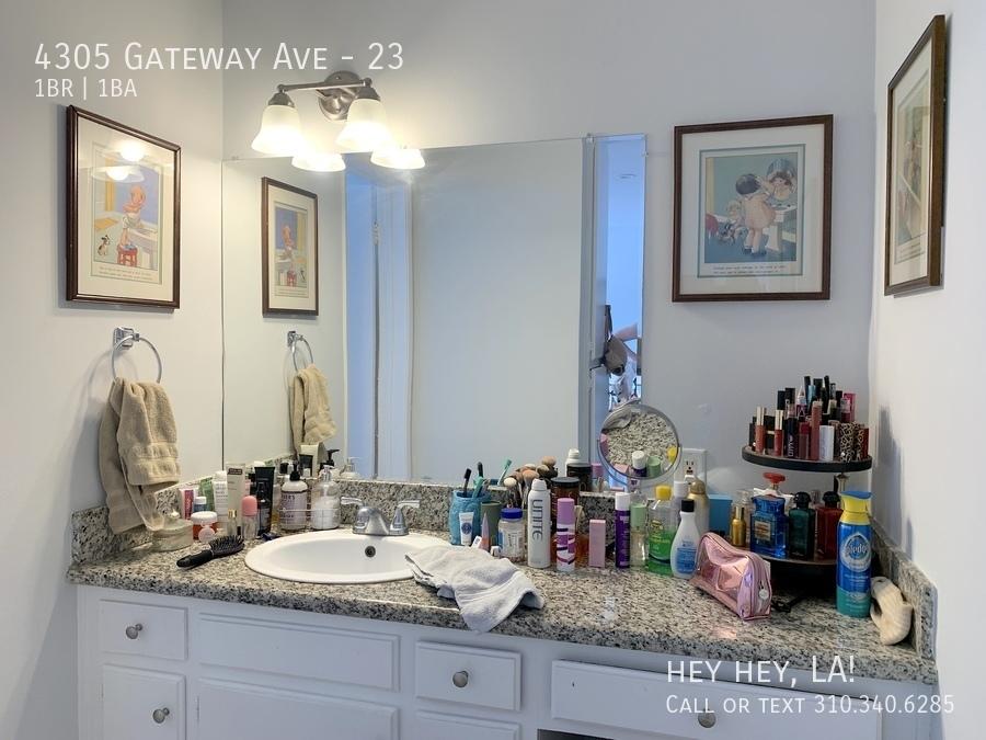Gateway ave 4305 23 012
