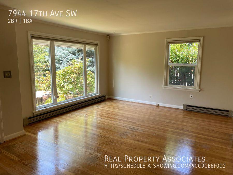 7944 17th Ave SW, Seattle WA 98106 - Photo 2