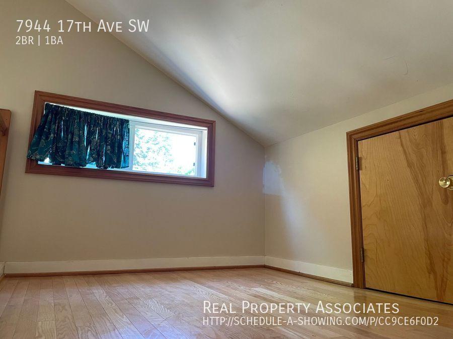 7944 17th Ave SW, Seattle WA 98106 - Photo 8