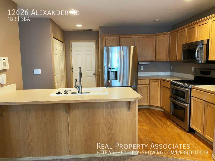 12626 Alexander Rd, Everett WA 98204 - Photo 3
