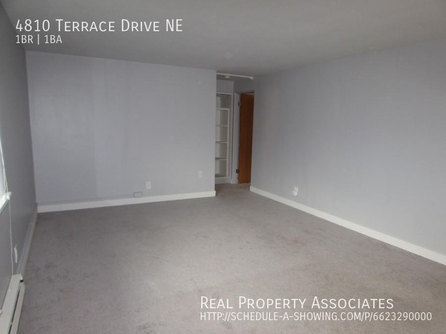 4810 Terrace Drive NE, Seattle WA 98105 - Photo 10